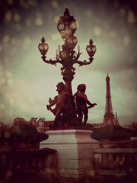 Paris, je t'aime... même sous la pluie!